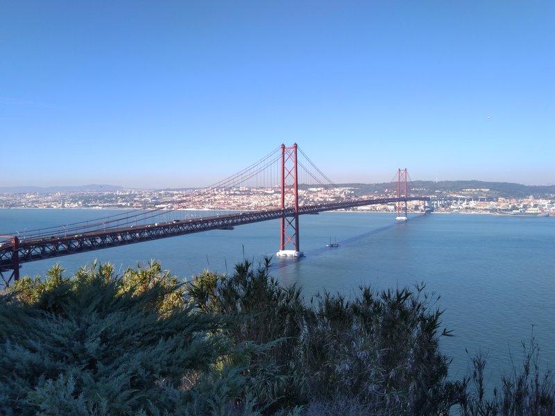 Мост 25-го апреля