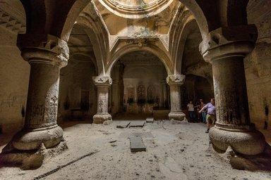 Усыпальница в монастыре Гегард