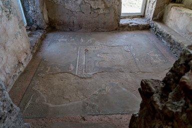 Фрагменты мозаики в бане