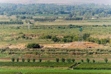 Армяно-турецкая граница. Вид с территории монастыря Хор Вирап.