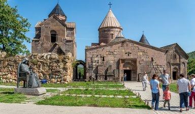 Экскурсия в монастыре Гошаванк