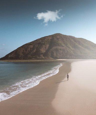 пляж Mawun