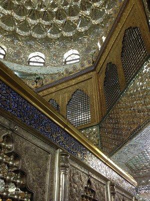 Мавзолей-мечеть с парными куполами и одним минаретом, воздвигнутый над могилой Мир-Мовсум-аги