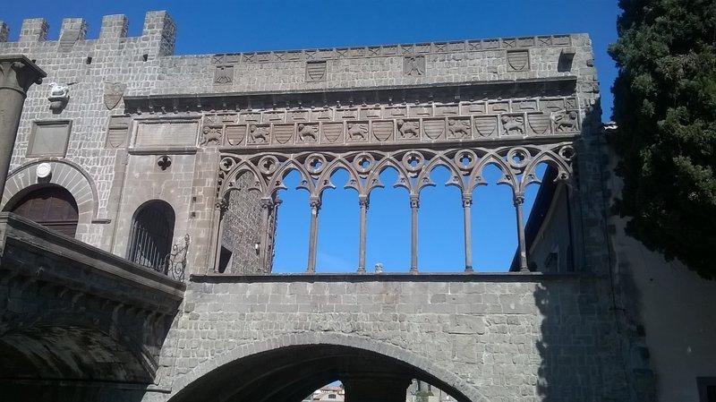 папский дворец в Витербо