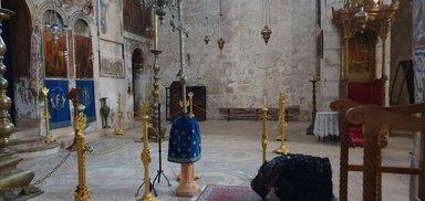 В монастыре Креста