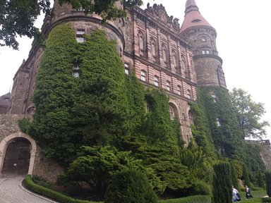 Замок Ксенж. Вид с террасы.