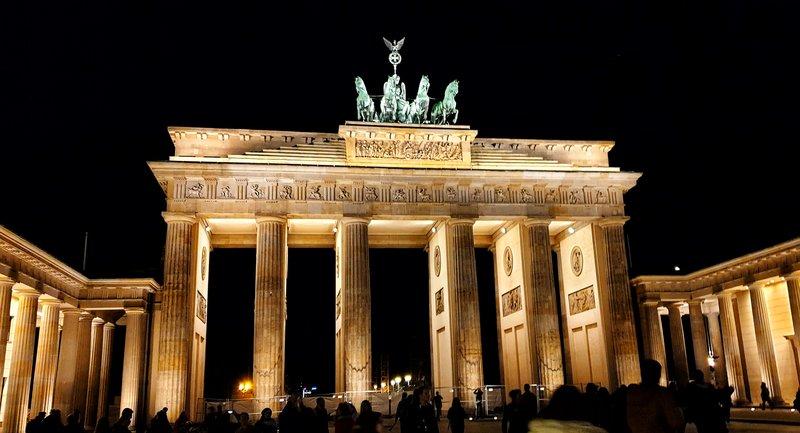 Бранденбургские ворота в Берлине, авто экскурсия по Берлину, исторический Берлин, гид в Берлине на русском