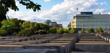 Мемориал Холокост, авто экскурсия по Берлину, экскурсии в Берлине на машине, гид в Берлине на русском