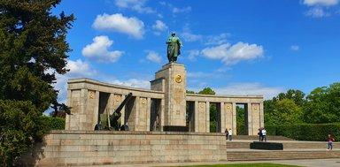 Памятник советским воинам в Тиргартене, авто экскурсия по Берлину, исторический Берлин, гид в Берлине на русском