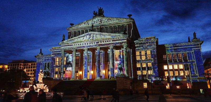Жандармен маркт, Экскурсия по Берлину вечером, экскурсия ночной Берлин, Берлин гид авто, авто экскурсия в Берлине