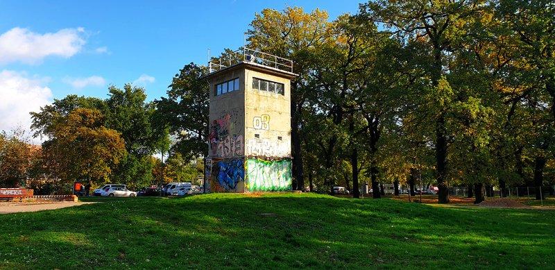 Экскурсия Берлинская стена, гид в Берлине, экскурсия Берлин разрезаный на двое