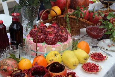 Традиционный фестиваль граната в Геокчае