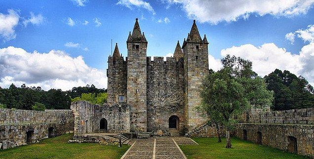 Замок Санта Мария