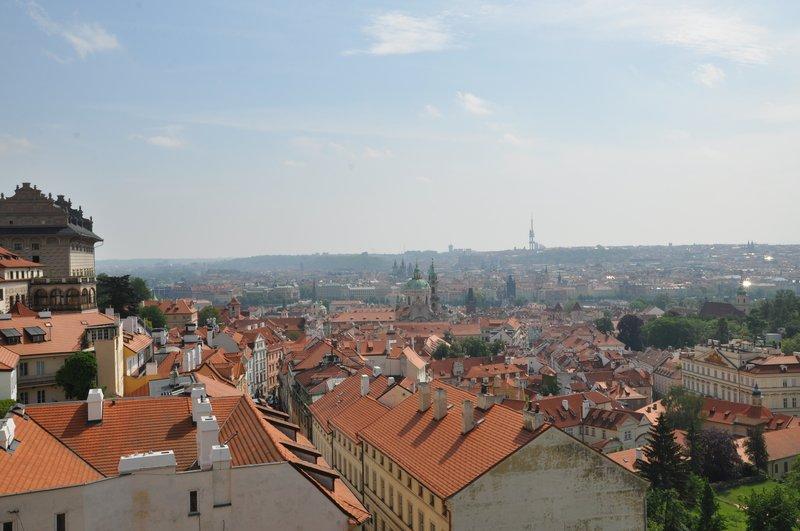 Мала Страна. Крыши от Грзанского дворца.