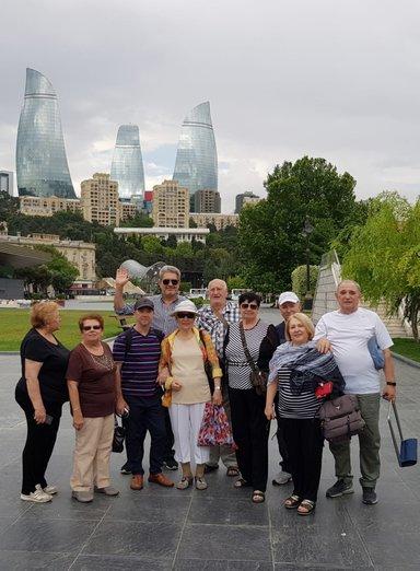 Группа туристов из Австралии