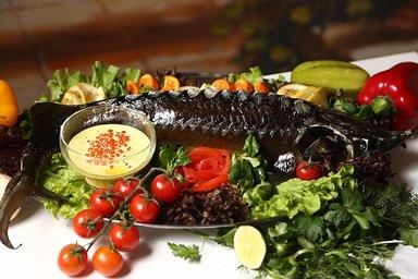 Каспийский осётр неповторимый вкус сможете  изведать в прибрежном ресторанчике под Баку