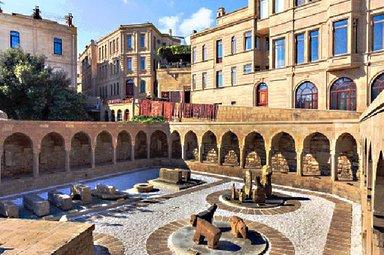 Базар Мейдан в старом Баку