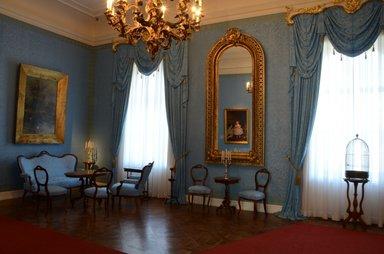Королевский дворец Габсбургов