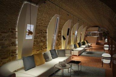 Дегустационный зал в первом музее палинки в Будапеште