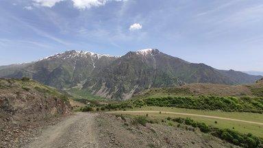 Дорога к монастырю Смбатаберд