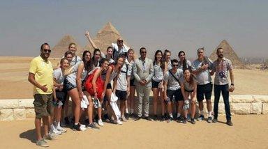 пирамиды с гуппой