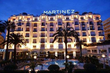 """Отель """"Мартинез"""""""