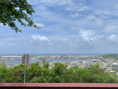 寿山から眺める港町の姿