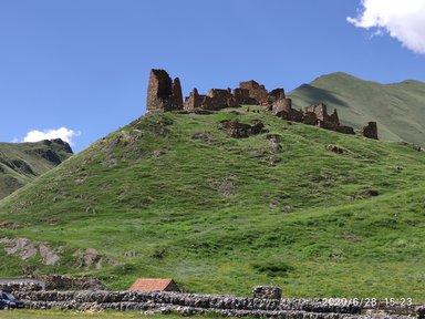Средневековая крепость Закагора в ущелье Труссо