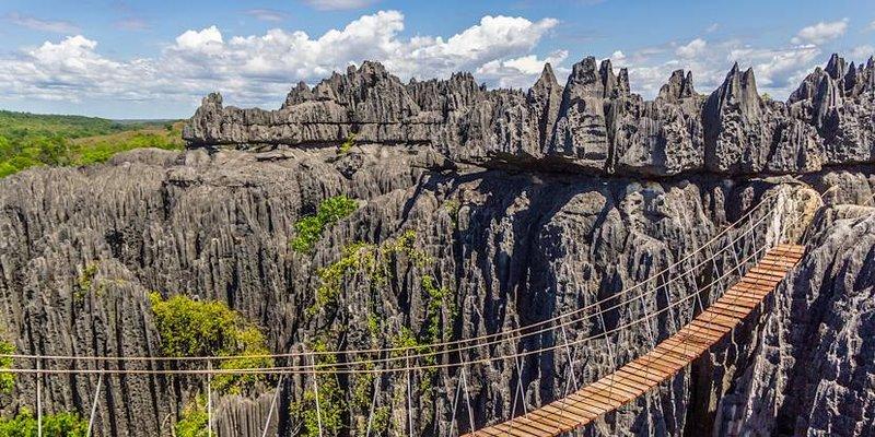 overhang bridge
