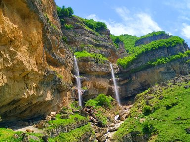 Водопады села Лаза