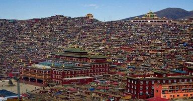 Biggest Monastery Tibet
