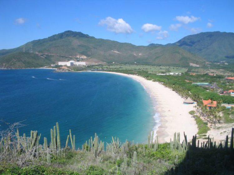 Достопримечательности Венесуэлы - Пляж Пуэрто-де-ла-Круз