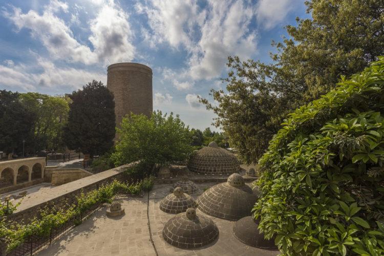 Достопримечательности Азербайджана - Девичья башня Гыз Галасы