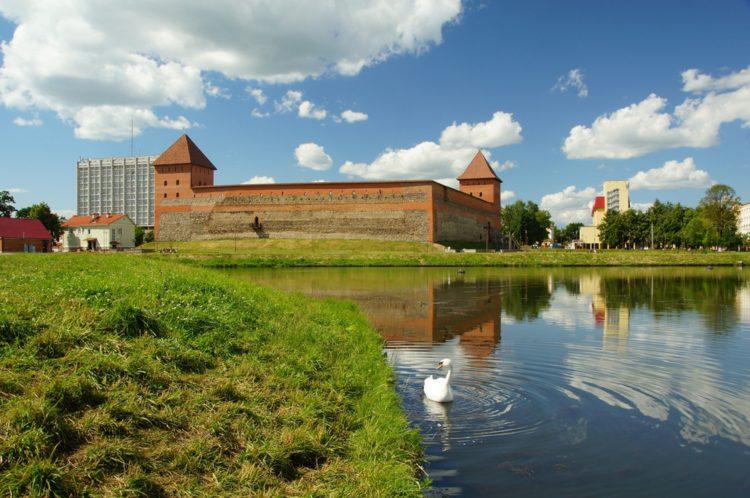 Достопримечательности Белоруссии - Лидский замок