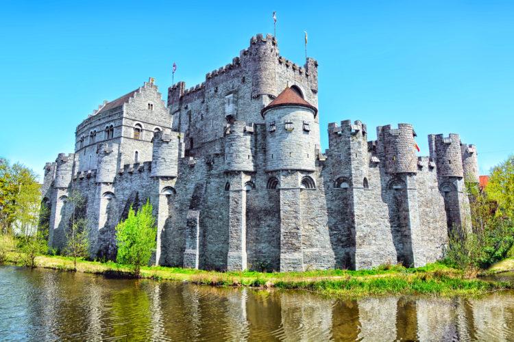 Достопримечательности Бельгии - Замок Гравенстен