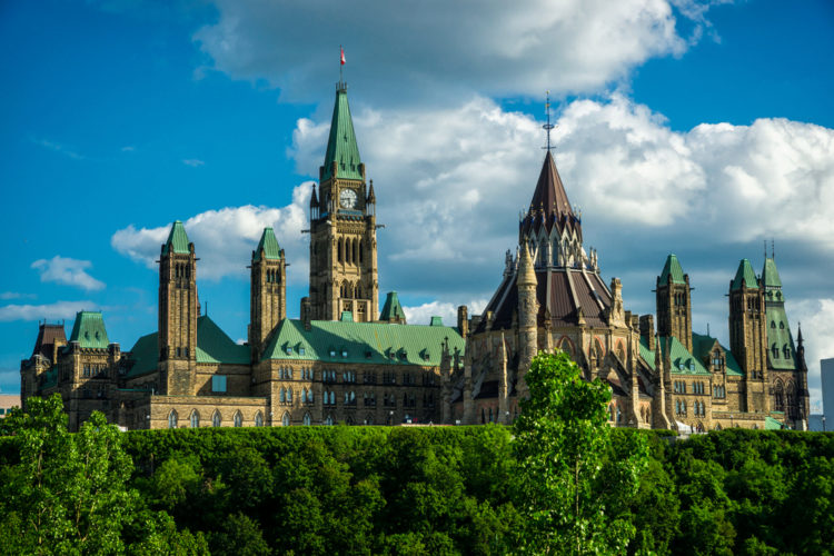 Достопримечательности Канады - Здание парламента Канады