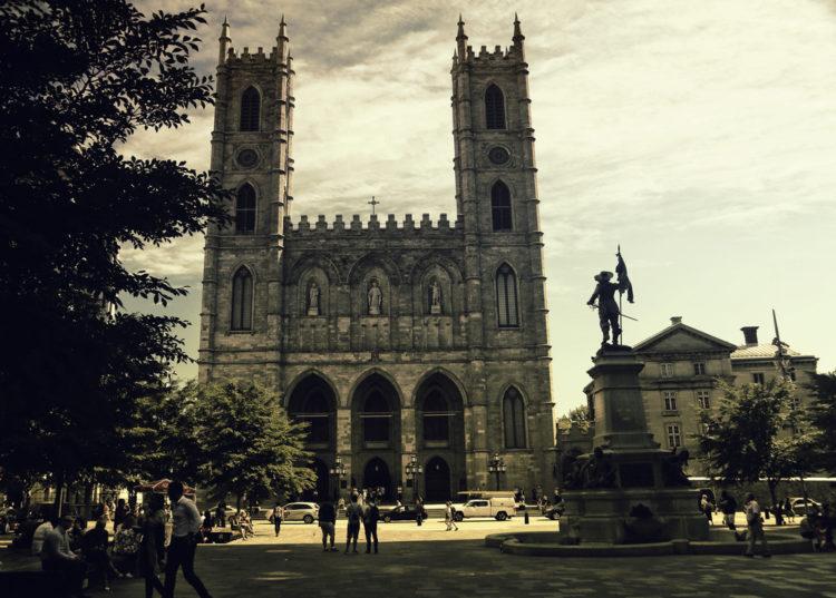 Достопримечательности Канады - Базилика Нотр-Дам де Монреаль