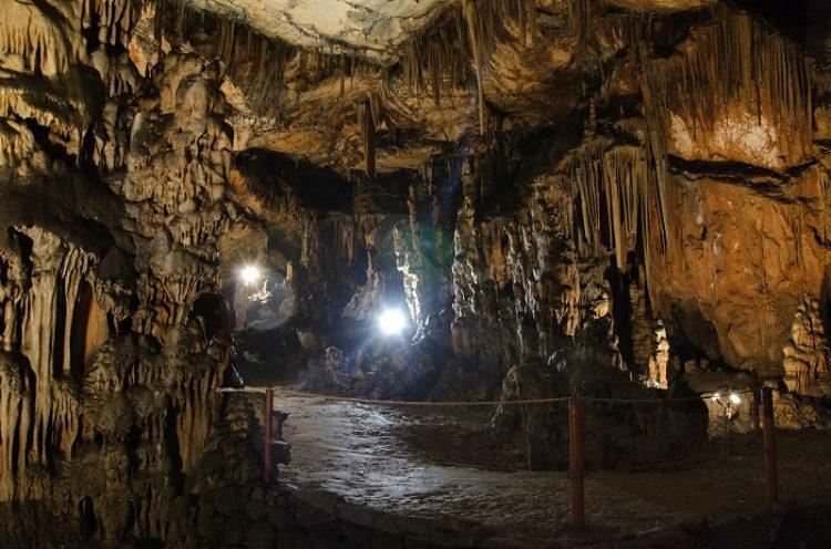 Достопримечательности Хорватии - Пещера Вранжака
