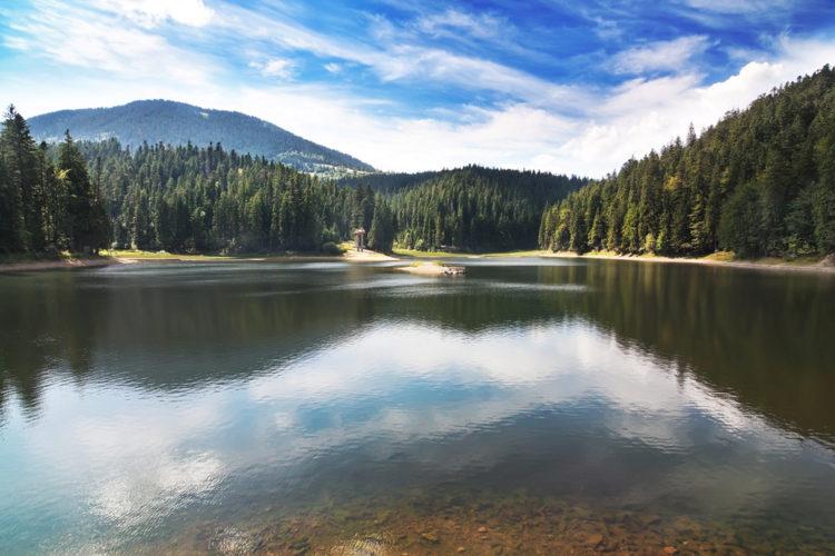 Достопримечательности Украины - Озеро Синевир