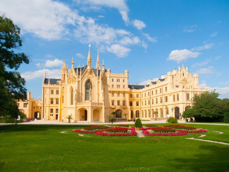 Достопримечательности Чехии - Замок Леднице