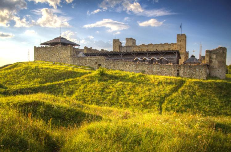Достопримечательности Эстонии - Замок Раквере