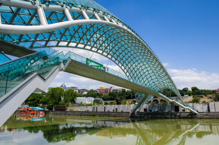 Достопримечательности Грузии - Мост мира