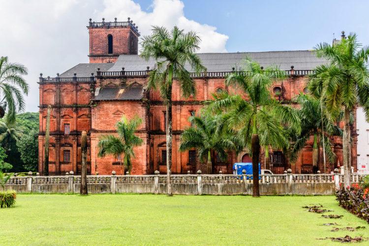 Что посмотреть в Индии - Базилика Иисуса в Старом Гоа