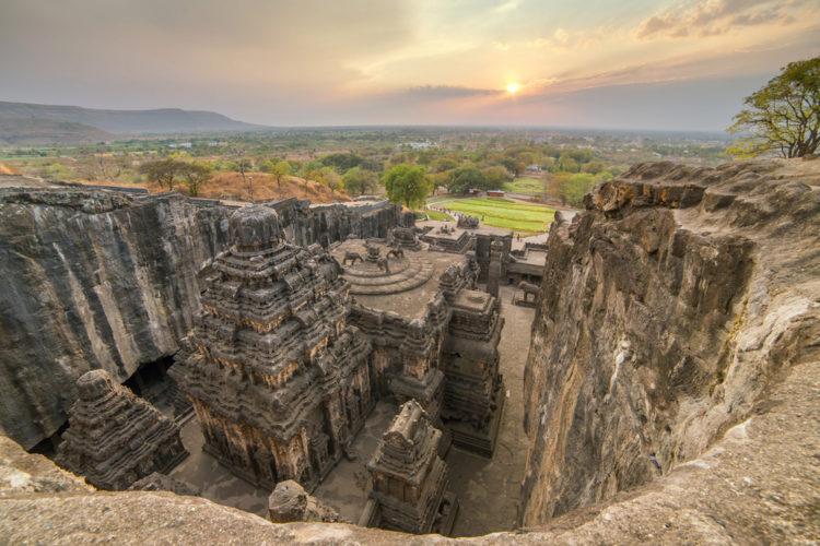 Достопримечательности Индии - Пещеры Эллоры: храмы в скалах