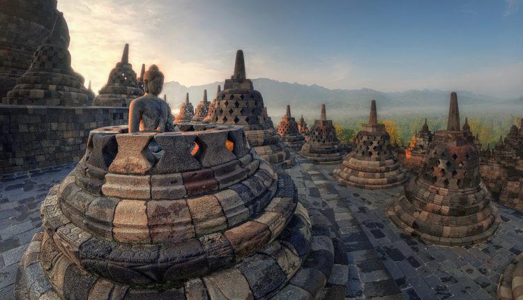 Достопримечательности Индонезии - Храм Боробудур