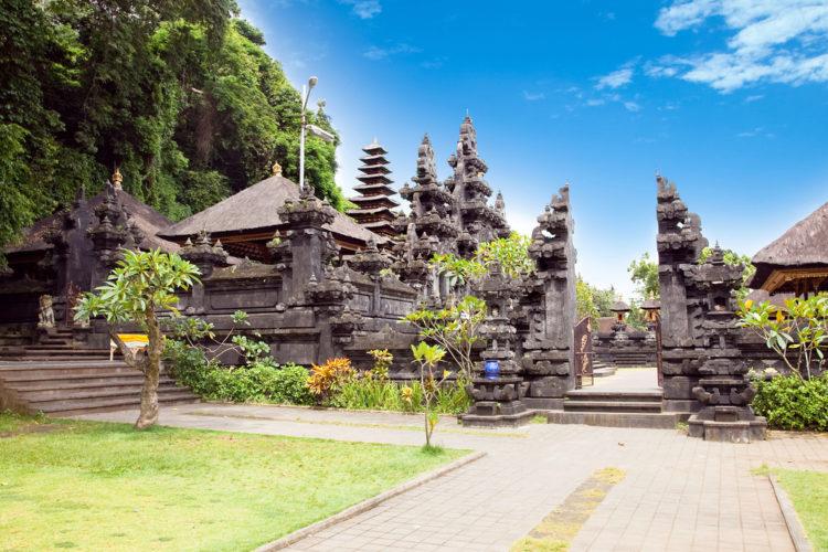 Достопримечательности Индонезии - Пещера летучих мышей