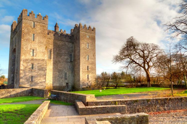 Достопримечательности Ирландии - Замок Бунратти
