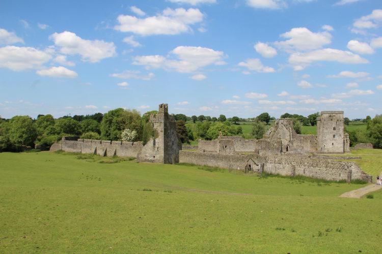 Достопримечательности Ирландии - Келлское аббатство