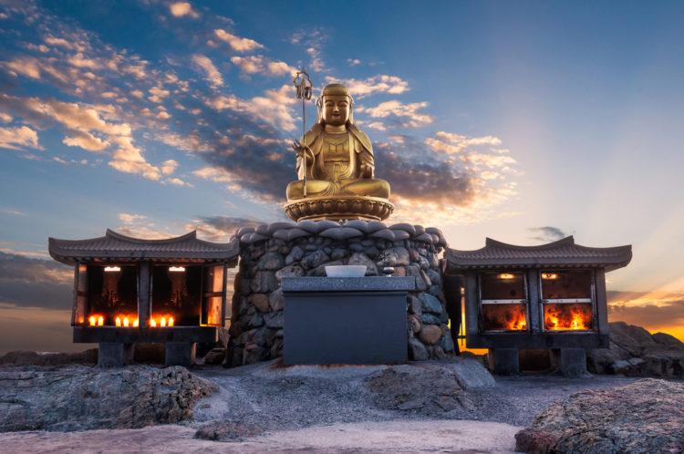 Достопримечательности Южной Кореи - Храм Хедон Ёнгунса