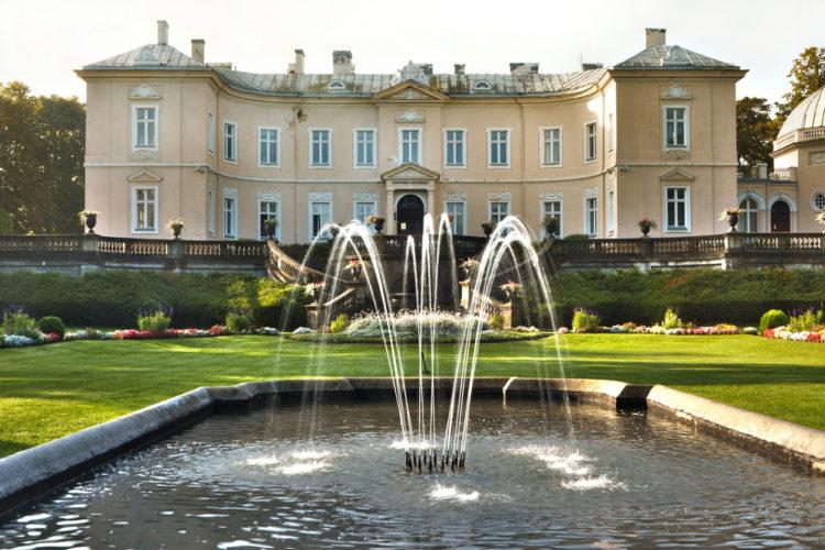 Достопримечательности Литвы - Музей Янтаря в Паланге